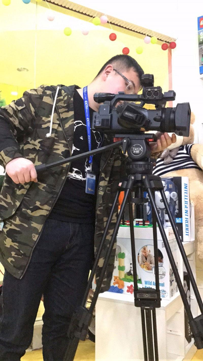 无锡教育电视台节目_央视来拍片!厉害了我的贝尔机器人